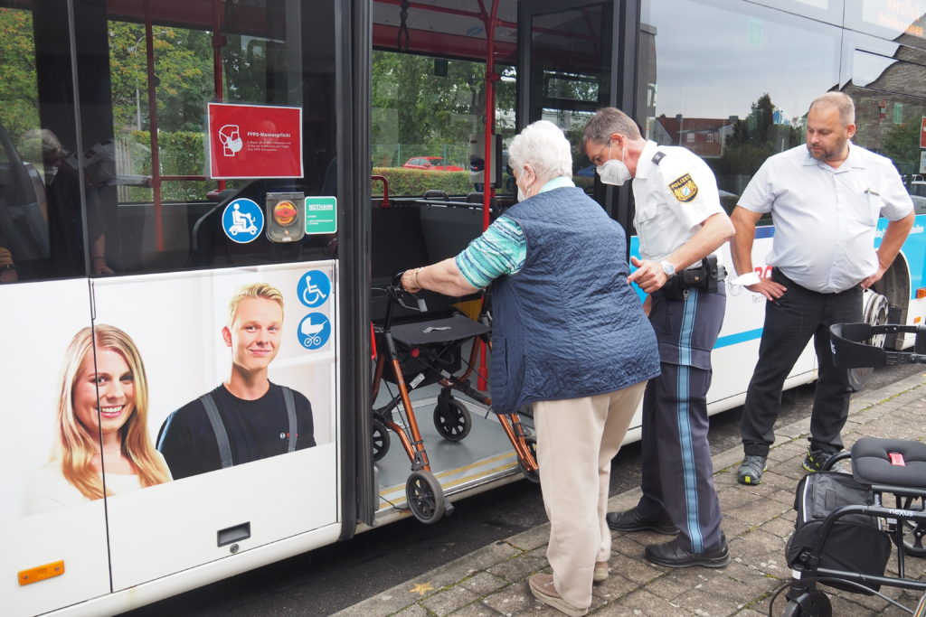 Read more about the article Endlich mit Rollator Busfahren
